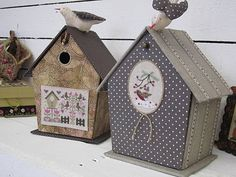 I think these are storage containers. Cross Stitch Bird, Cross Stitch Embroidery, Arts And Crafts, Paper Crafts, Diy Crafts, Cardboard Paper, Pretty Box, Altered Boxes, Fabric Houses