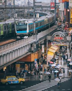 Traveling through Japan from Tokyo, Kyoto, and Osaka, including stays in Shinjuku and Harajuku Aesthetic Japan, City Aesthetic, Urban Photography, Street Photography, Tokyo Japan Travel, Japan Japan, Japon Tokyo, Japan Street, Emotion