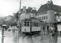 Les anciens tramways de Neuchâtel Tramway, Bus, Train, San Francisco Ferry, Switzerland, Building, Cities, Zug, Buildings