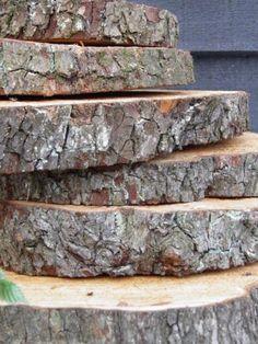 Decoratie trap door hout van kees 19 95 buikbaby pinterest for Boomstamschijven decoratie