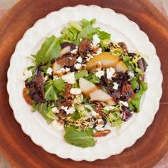 Greens, sliced pears, caramelized nuts, goat cheese and fig vinaigrette.