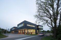 Bekkering Adams Architecte have recently completed a fire station in Doetinchem, Netherlands.