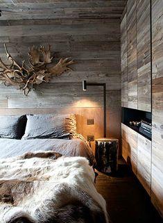 houtdeco op muur