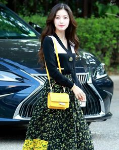 Pop Group, Girl Group, Arin Oh My Girl, Girls Twitter, Girl Body, Kpop Girls, Most Beautiful Pictures, Asian Beauty, Pretty Girls