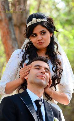 Pakistanlı gelin Faiza ile Sivaslı Yunus Emre'nin düğününden galeri; http://www.sivasdugunfotografcisi.com/gallery/faiza-ve-yunus-emre-cifti/