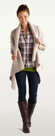 Causal fall days... Plaid, skinny jeans, boots, chunky sweater