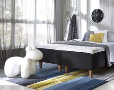 Mini Poni on uusi versio 1972 suunnitelusta verhoillusta Ponista. Design Eero Aarnio Scandinavian Interior Bedroom, Outdoor Furniture, Outdoor Decor, Minimalism, Lounge, Nursery, Couch, Design, Home Decor