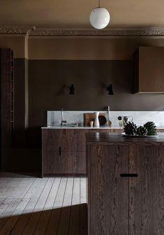 〚 Kitchen drama: Scandinavian apartment with moody dark kitchen 〛 ◾ Photos ◾Ideas◾ Design