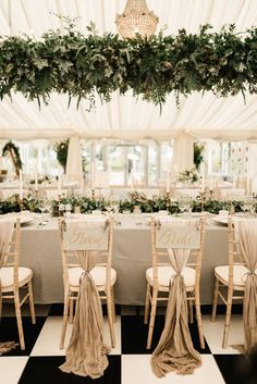 Gold Wedding Centerpieces, Gold Wedding Theme, All White Wedding, Wedding Table Decorations, Wedding Chairs, Wedding Themes, Elegant Wedding, Wedding Ideas, Trendy Wedding