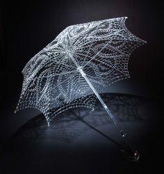 Robert Mickelsen - glass sculpture.