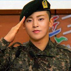 Take good care in the army. We EXO-L will wait for you. Kris Wu, Luhan And Kris, Bts And Exo, Baekhyun Chanyeol, Kim Minseok Exo, Kim Min Seok, Xiu Min, Kai, Exo 2014