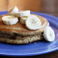Whole Wheat Banana Pancakes - Espresso and Cream Oatmeal Protein Pancakes, Banana Pancakes, Pancakes Easy, Pancakes And Waffles, Meal Prep Grocery List, Espresso And Cream, Picky Eaters Kids, How To Eat Paleo, Sweet Recipes