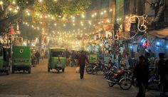 Night life of Beautiful WALLED CITY LAHORE Dilkash Pakistan Lahore initiative has helped promote cultural activities and touristry within the town. Pakistan Zindabad, Walled City, Night Life, Cool Pictures, Empire, History, Photography, Pakistani Girl, Balconies