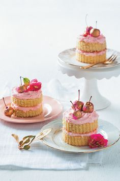Vanilla and rose mini cakes are the perfect elegant bites for a Mother's Day tea. Treat the most important lady in your life with some amazing flavours.