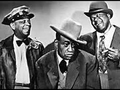 Amos 'n' Andy is a situation comedy set in the African-American community. It was very popular in the United States from the through the on both radio and television. Amos and Andy began as one of the first radio comedy series, written and voi Spencer Williams, Civil Rights Leaders, Old Time Radio, Vintage Tv, Vintage Hollywood, Vintage Cards, Old Tv Shows, Black Star, Classic Tv