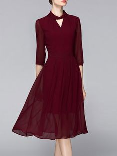 Wine Red Polyester 3/4 Sleeve Keyhole Midi Dress