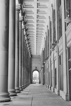 Union Station Chicago  Black and White Fine Art by inthisinstance, $28.00