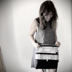 Wandelbare Tasche mit Raffinessen   BenisaS – Welt Fanny Pack, Gym Bag, Bags, Fashion, Designer Bags, Handbags, Amazing, World, Hip Bag