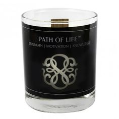 Made in America candle of soft vanilla tonka beans with notes of zesty lime and warm nutmeg.