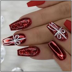 Christmas Coffin Nails;Coffin Nails;Christmas Nails;Long Nails;Red Nails;Nails Art;Holiday Nails;Nails Design;Coffin Nails Trend;Snowflake Nails; Snowman Nails; Nagellack rot Classic And Traditional Easy Red Coffin Christmas Nails Designs Chistmas Nails, Snowman Nails, Cute Christmas Nails, Xmas Nails, Red Nails, Red Glitter Nails, Christmas Acrylic Nails, Christmas Gifts, Elegant Christmas
