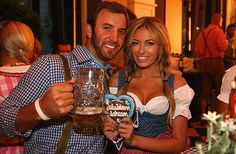 Paulina Gretzky engaged to golfer Dustin Johnson, expected to tweet entire wedding