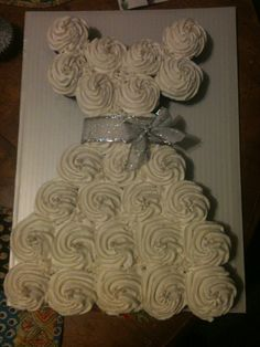 Bridal shower dress cupcakes #bridalshower #cupcakes