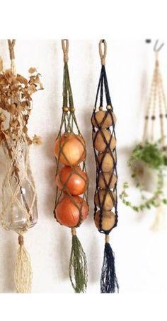 Macrame Art, Macrame Design, Macrame Projects, Diy Projects, Van Organisation, Macrame Patterns, Hanging Plants, Plant Decor, Plant Hanger