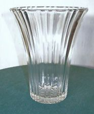 """OLD CAFE - CLEAR DEPRESSION GLASS VASE 7 1/4"""" TALL BY ANCHOR HOCKING 1936 - 1940"""