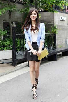 Very cute separates add up to a smart looking outfit for running weekend errands. -Lily. #k-fashion #itsmefashion #asian fashion