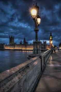Westminster Bridge and the Houses of Parliament - London, UK