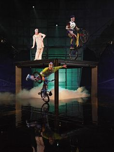"Cirque du Soleil ""La Nouba"" Bicycle act"