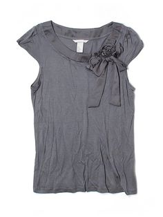 Check it out - H&M Short Sleeve Top for $6.99 on thredUP!
