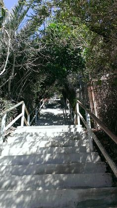 Stairs down to 1000 steps Beach