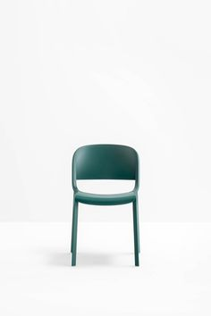 Dome is a collection of that brings back to mind the glorious tradition of the bistrot with curved silhouettes and generous shapes Bistro Chairs, Green Ideas, Shape Design, Pantone Color, Retail Design, Silhouettes, Shapes, Traditional, Wood