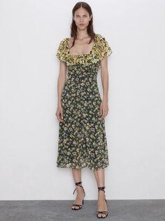 Zara Official Website, Short Sleeve Dresses, Dresses With Sleeves, Miu Miu, Casual, Fashion, Moda, Sleeve Dresses, Fashion Styles