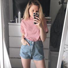 Do I remind u of bubblegum _____ outfit: @shop.kozy