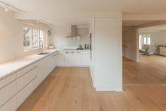 Finde moderne Küche Designs: Offene Küche. Entdecke die schönsten Bilder zur Inspiration für die Gestaltung deines Traumhauses.