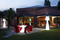 The pivot outdoor lamp has an contemporary design element to it that will enhance your garden space. This luxury lamp is available in a variety of colours from IQ Furniture.
