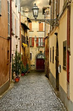 Orvieto, Italy by Al Morrison, via Flickr