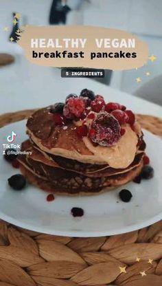 Healthy Vegan Breakfast, Breakfast Pancakes, Breakfast Ideas, Nutrition, Healthy Recipes, Food, Morning Tea Ideas, Essen, Healthy Eating Recipes