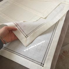 socorro matesanz's media content and analytics. Custom Printed Fabric, Printing On Fabric, Hardanger Embroidery, Hand Embroidery, Diy And Crafts Sewing, Sewing Projects, Diy Crafts, Drawn Thread, Burp Cloth Set