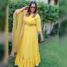 Fancy Blouse Designs, Kurta Designs, Indian Look, Indian Wear, Plus Size Lehenga, Curvy Fashion, Plus Size Fashion, Designer Wear, Designer Dresses