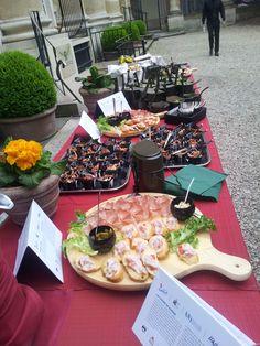 Il buffet interamente ispirato alla cucina di guerra allestito a conclusione dell'evento.