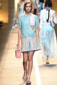 Fendi Spring 2015 RTW Collection at Milan Fashion Week #mfw