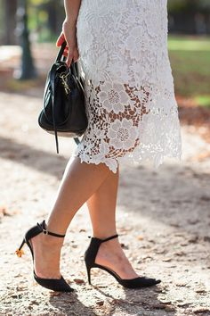 Daily Outfit - White on white shot in Paris on a perfect autumn day   Xssat Street Fashion