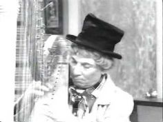 "Harpo plays ""Take me out to the ball game"" on I love Lucy - BRILLIANT! LOVELY!"