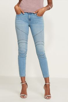 You can never have enough jeans. These high rise skinny jeans feature a light wash, cool moto detailing, and a flattering slim fit that pair up seamlessly with just about anything in your wardrobe. Pure Simple, Fashion Inspiration, Skinny Jeans, Slim, Pure Products, Boutique, My Style, Clothing, Summer