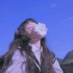 Discover recipes, home ideas, style inspiration and other ideas to try. Aesthetic People, Aesthetic Images, Aesthetic Photo, Korean Aesthetic, Blue Aesthetic, Japonese Girl, Poses References, Uzzlang Girl, Cute Korean Girl