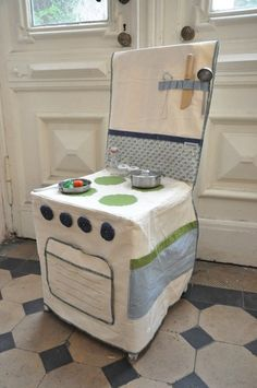 Turn Any Chair Into a Play Kitchen  Would be good for traveling