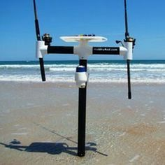 Nice Set up for surf fishing. If I surf fished I would build one of these. Gr - Fishing Net Shirt - Ideas of Fishing Net Shirt - Nice Set up for surf fishing. If I surf fished I would build one of these. Fishing Pole Holder, Fishing Cart, Fishing Rod Storage, Surf Fishing, Gone Fishing, Trout Fishing, Saltwater Fishing, Fishing Tips, Fishing Boats